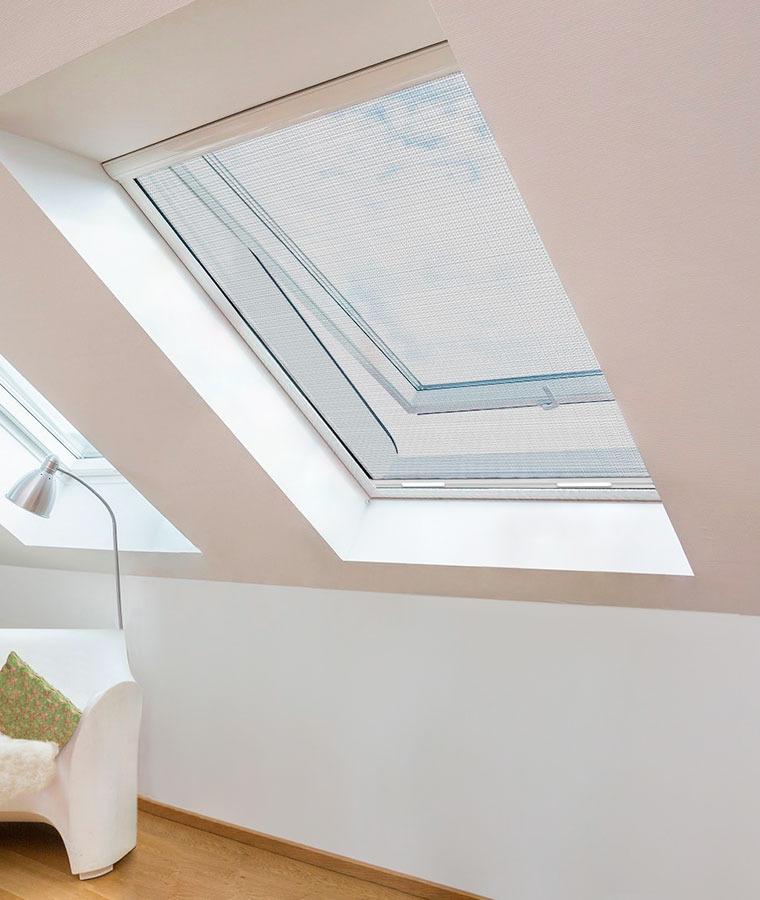 Moustiquaire fenetre de toit 2