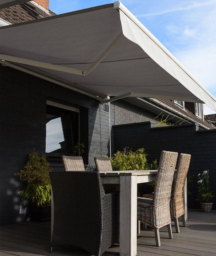store banne monobloc sur mesure stores. Black Bedroom Furniture Sets. Home Design Ideas